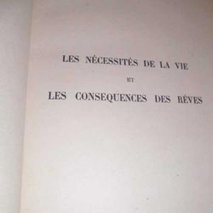Lesnecessites2